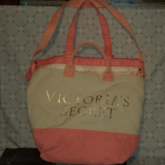 Victoria's Secret Handbags - Victoria's Secret Beach Cooler Insulated Tote
